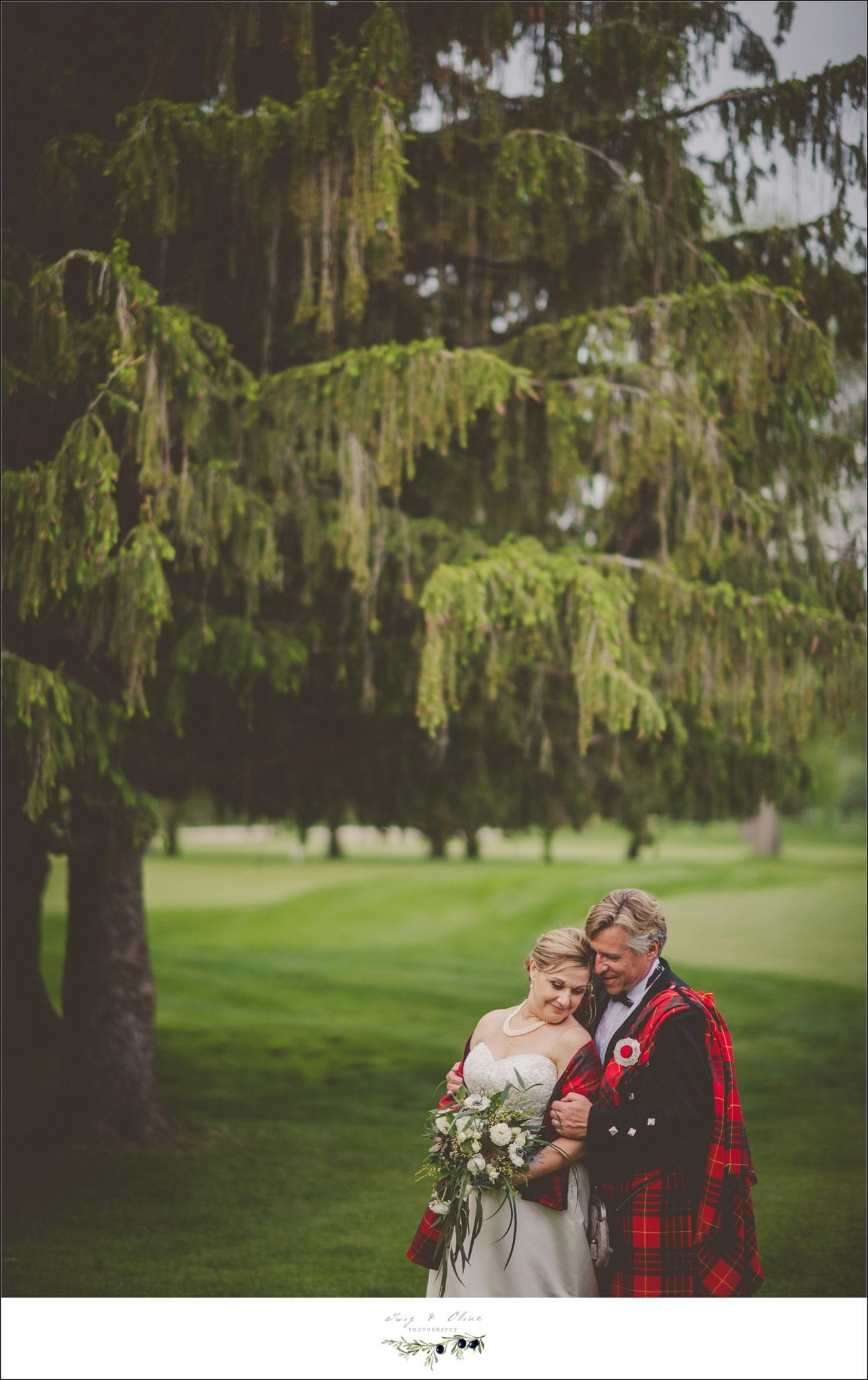 twig olive photographyellen and ian scottish wedding ceremony madison wi. Black Bedroom Furniture Sets. Home Design Ideas