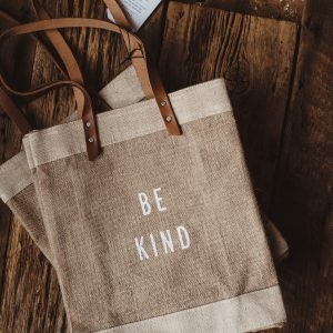 Apolis Standard Market Tote | Be Kind